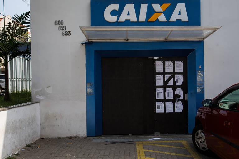 Bancos da região central de SP fecham caixas eletrônicos para evitar depredações