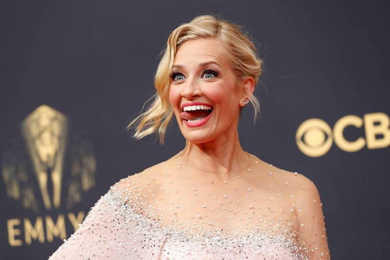Confira os looks do tapete vermelho do Emmy 2021