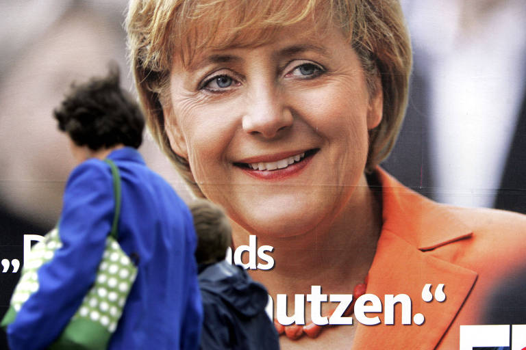 De 'Kasi' a 'garota de Kohl', 'Merkiavelli' e 'mamãe', acompanhe a vida de Merkel