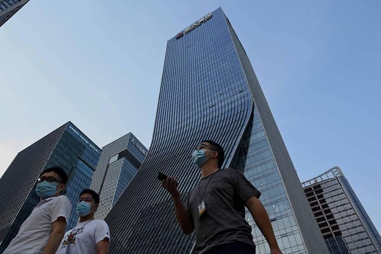 Bolsas globais ensaiam recuperação após temor de calote da Evergrande