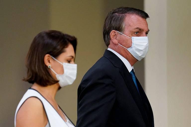 O presidente Jair Bolsonaro, com a primeira-dama, Michelle, chega ao prédio da ONU para discursar na Assembleia-Geral da entidade