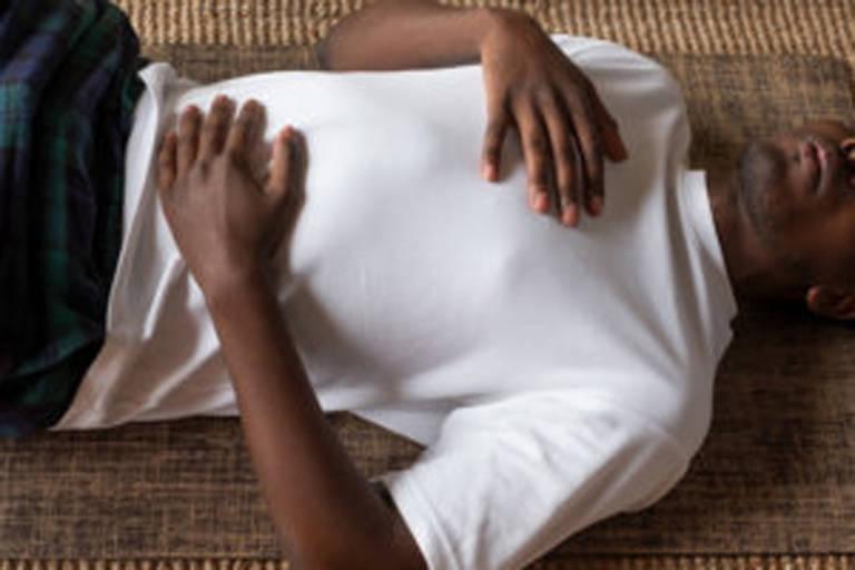 Pranayamas: Quatro exercícios de respiração para acalmar rapidamente