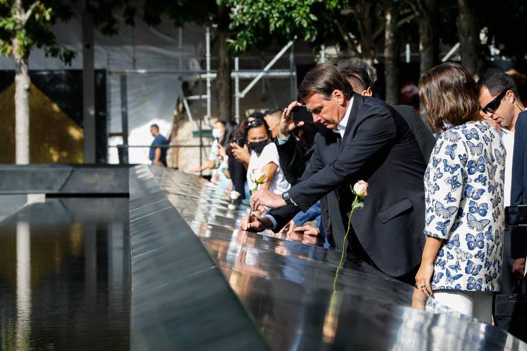 Presidente Jair Bolsonaro e sua mulher, Michelle, visitam memorial às vítimas do 11 de Setembro, em Nova York