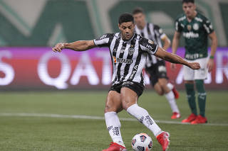 Copa Libertadores - Semi final - First Leg - Palmeiras v Atletico Mineiro