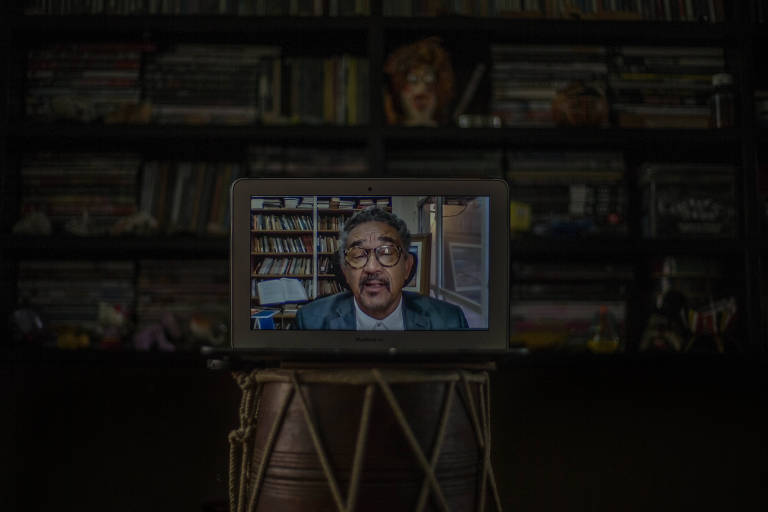 O professor Muniz Sodré, em evento virtual no qual tomou posse como primeiro titular da Cátedra Otavio Frias Filho de Estudos em Comunicação, Democracia e Diversidade