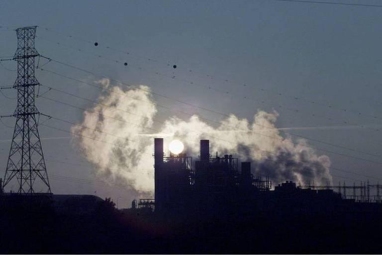O que muda com a promessa da China sobre centrais elétricas de carvão?