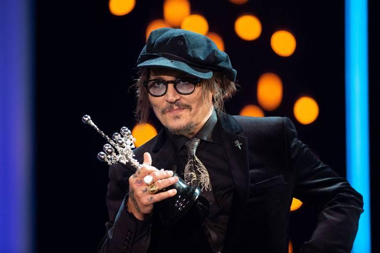 Johnny Depp critica cultura do cancelamento antes de receber prêmio em San Sebastián