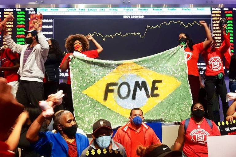 Bolsa do Brasil cai 12% no ano enquanto pregões de Nova York sobem dois dígitos