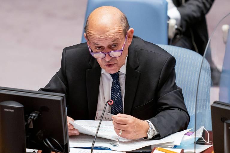 Fim da crise com EUA vai levar tempo e exigir ações, diz chanceler francês