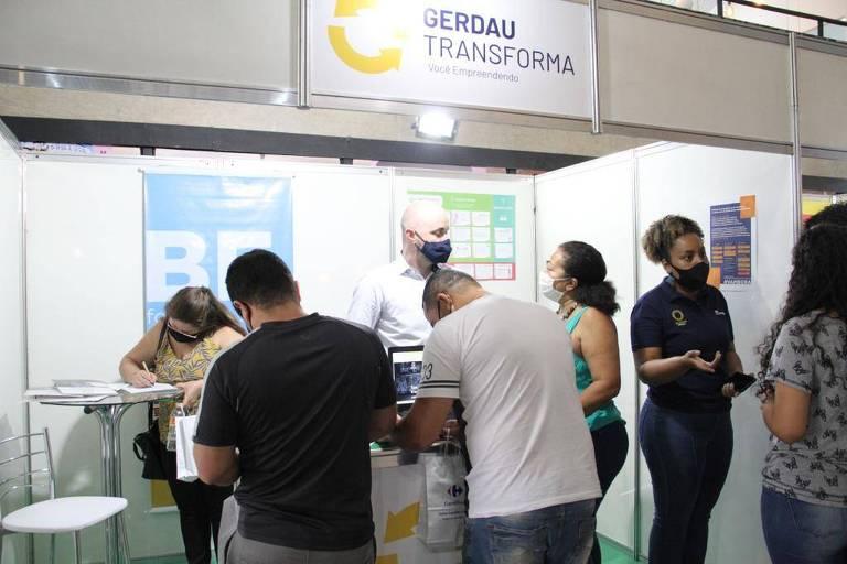 Programa capacita e mentora empreendedores de Paraisópolis