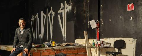 SÃO PAULO / SÃO PAULO / BRASIL - 23/09/21 - :00h - Após oito anos fechado, o Studio SP irá reabrir as portas no mesmo imóvel que ocupava antes na Rua Augusta. A iniciativa será temporária, de novembro de 2021 até dezembro de 2022. O espaço está em obras e Ale Youssef (foto) , à frente da retomada  ( Foto: Karime Xavier / Folhapress) . ***EXCLUSIVO***Revista Guia