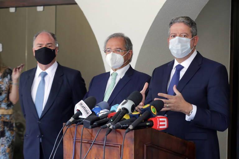 Senador Fernando Bezerra Coelho (MDB-PE), ministro Paulo Guedes (Economia) e presidente da Câmara, Arthur Lira (PP-AL)