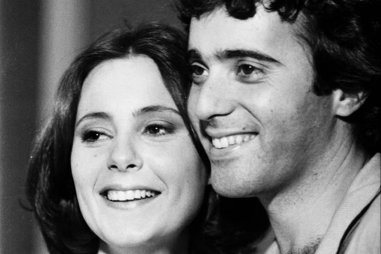 "Elizabeth Savala e Tony Ramos em ""Pai Herói"""