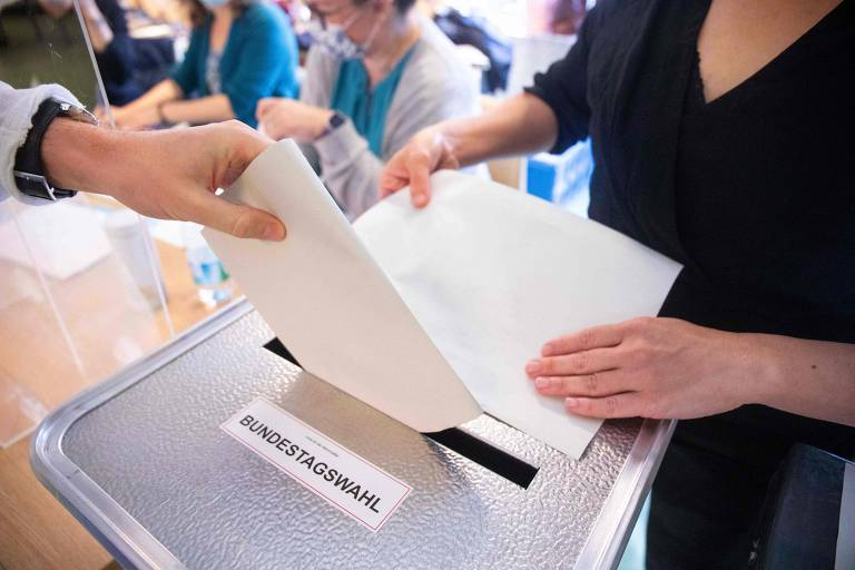 Alemanha vai às urnas para escolher sucessor de Angela Merkel