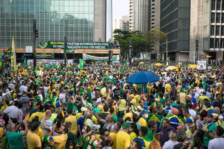 Bolsonaro Paz e Amor?