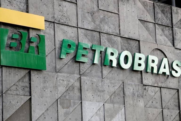 Ações da Petrobras sobem após estatal ignorar Bolsonaro e reafirmar política de preços
