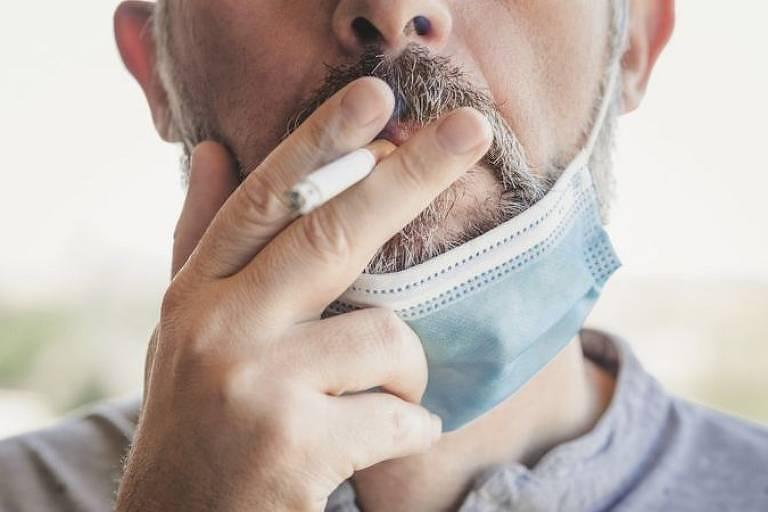 Autores de pesquisa publicada na revista científica Thorax dizem ter chegado a resultados 'consistentes' sobre o 'efeito prejudicial do tabagismo nos quadros de covid-19'