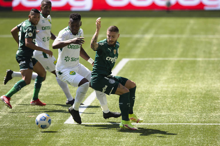 Duelo entre Palmeiras e Cuiabá pelo Campeonato Brasileiro