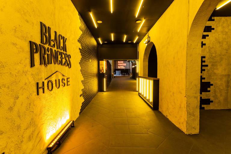Black Princess House, novo espaço da cerveja Black Princess no largo da Batata