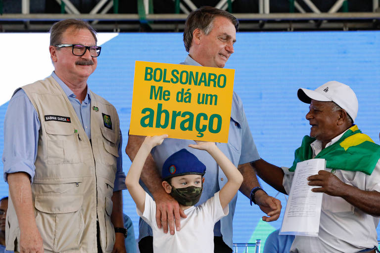 Bolsonaro na Bahia e vitória do Liverpool: veja fotos de hoje