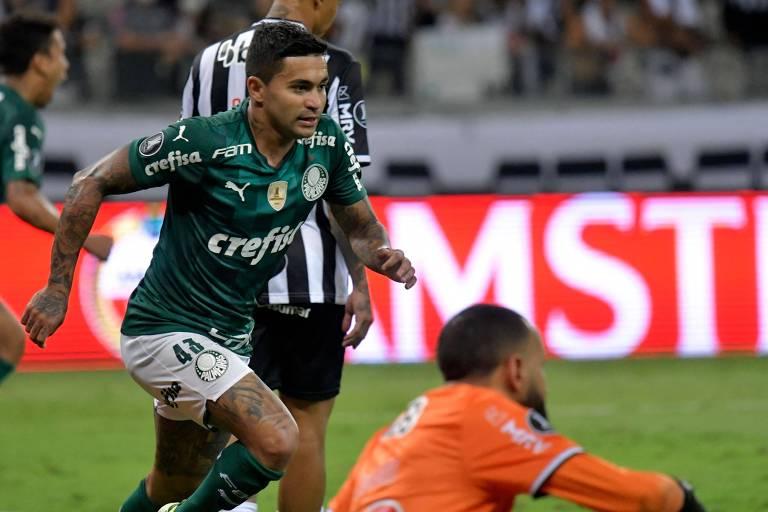 Dudu comemora o gol da classificação do Palmeiras no Mineirão