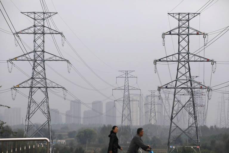 China tenta conseguir carvão para evitar que crise energética se agrave no inverno