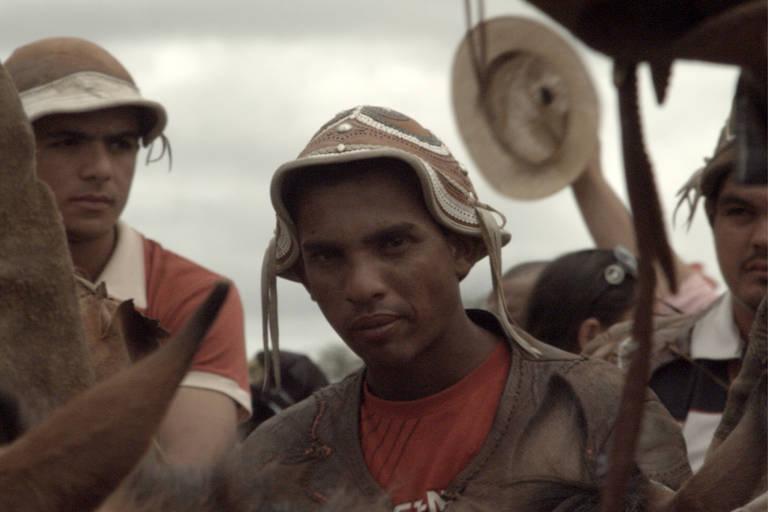 Veja cenas do documentário 'Bravos Valentes'