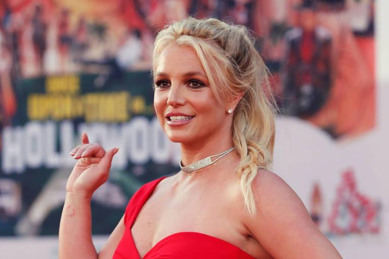 Britney Spears se livra da tutela do pai após 13 anos