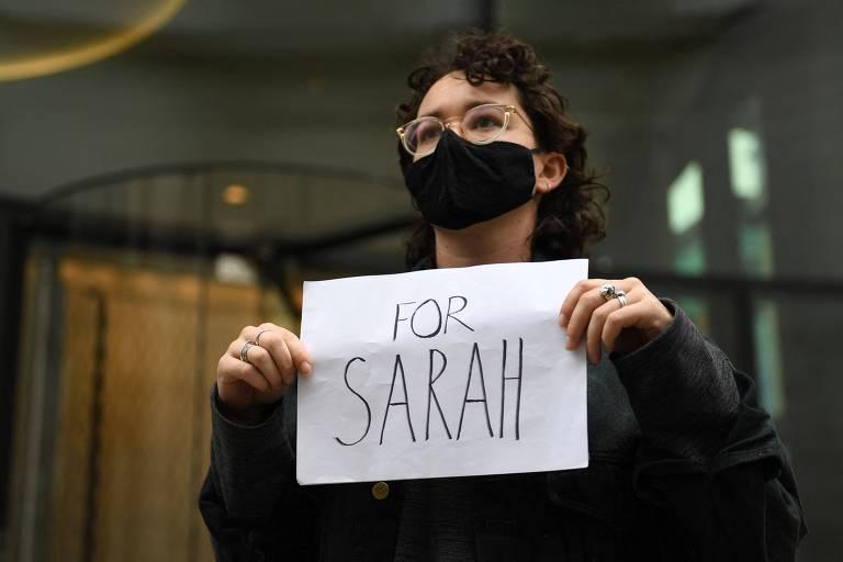 Reino Unido condena policial a prisão perpétua por feminicídio que comoveu o país