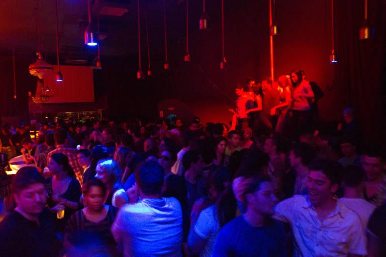 Imagem de festa Post It no clube Vegas, do empresário Facundo Guerra