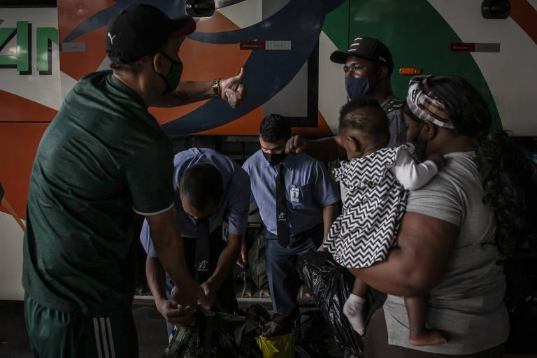 Haitianos encaram rota cheia de riscos para migrar aos EUA e fugir de crise no Brasil