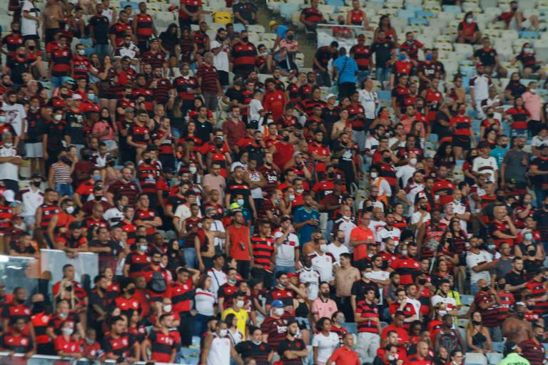 Mais de sete mil flamenguistas foram ao Maracanã ver a partida contra o Athletico