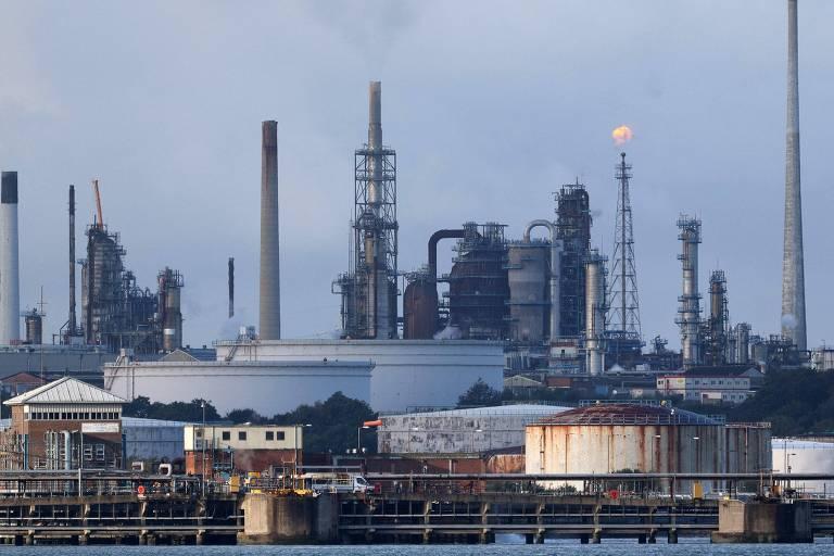 Petróleo alcança maior valor em três anos e derruba Bolsas