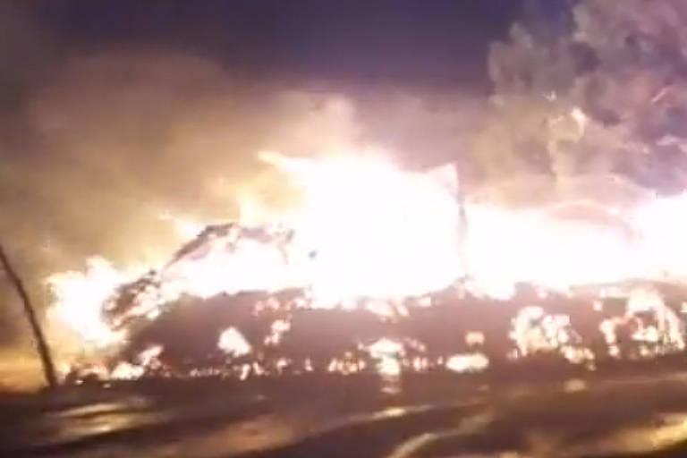 Incêndio destrói casa de reza de aldeia guarani-kaiowá em MS; veja vídeo