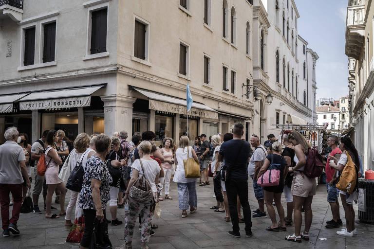 Veneza começa a rastrear turistas para aliviar superlotação