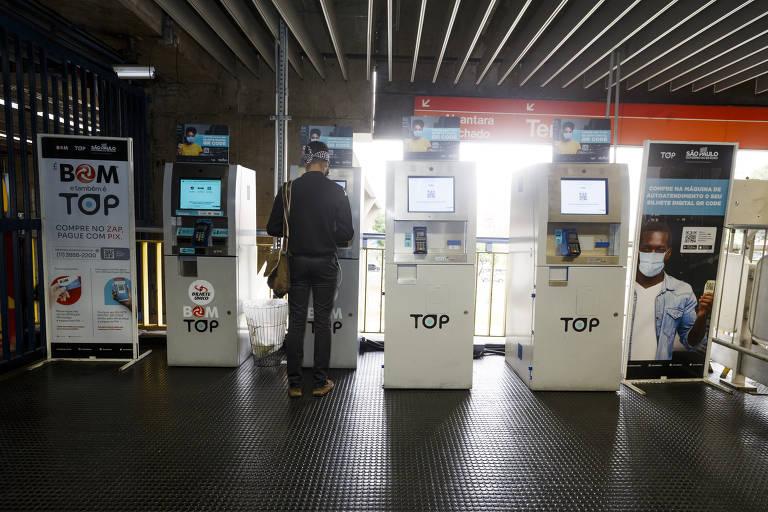 Máquinas de bilhetes no metrô e na CPTM apresentam falhas