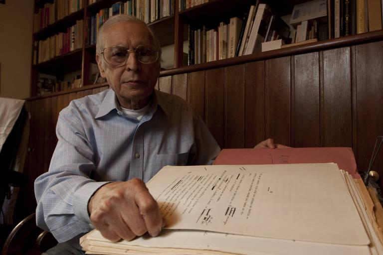 O poeta e tradutor Ivo Barroso