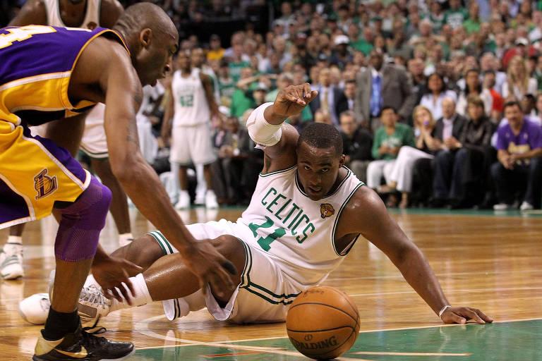 Ex-jogadores da NBA são presos sob acusação de fraude em plano de saúde
