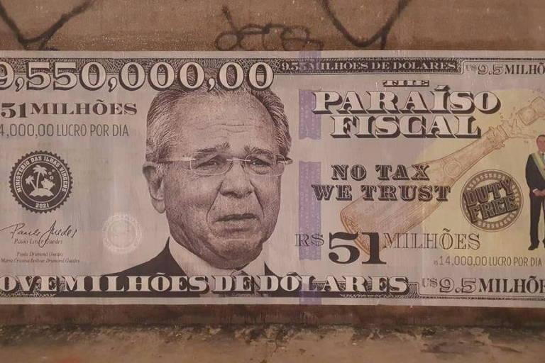 Ação de grupo de ativistas espalha nos muros da av. Faria Lima notas de US$ 9,5 milhões com a cara do ministro Paulo Guedes