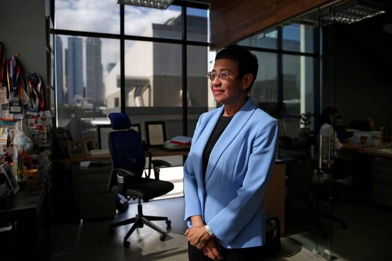 Maria Ressa, repórter filipino-americana, é fundadora e presidente do site de notícias Rappler, alvo do governo de Rodrigo Duterte
