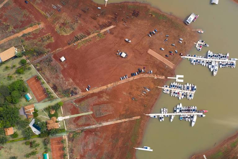 Crise hídrica gera pacote de socorro para cidades banhadas por Furnas