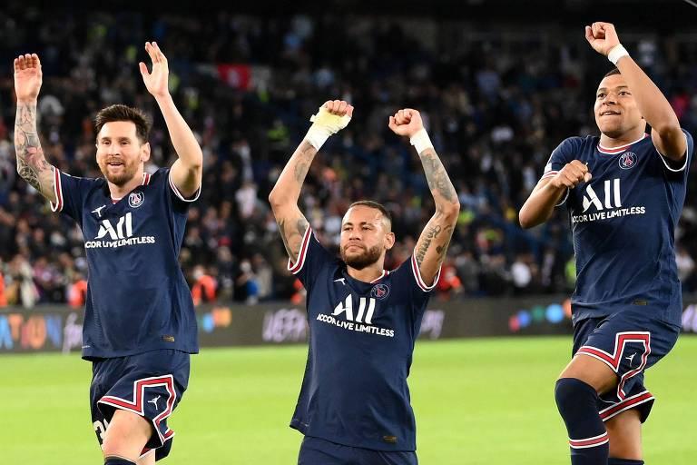 Neymar, Messi e Mbappé, do PSG, concorrem ao prêmio de Bola de Ouro de 2021