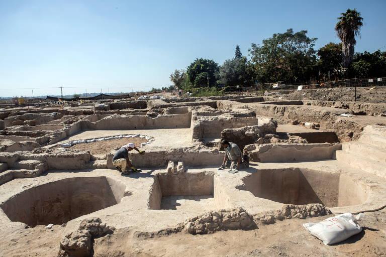 Israel descobre gigantesca fábrica de produção de vinho de 1.500 anos