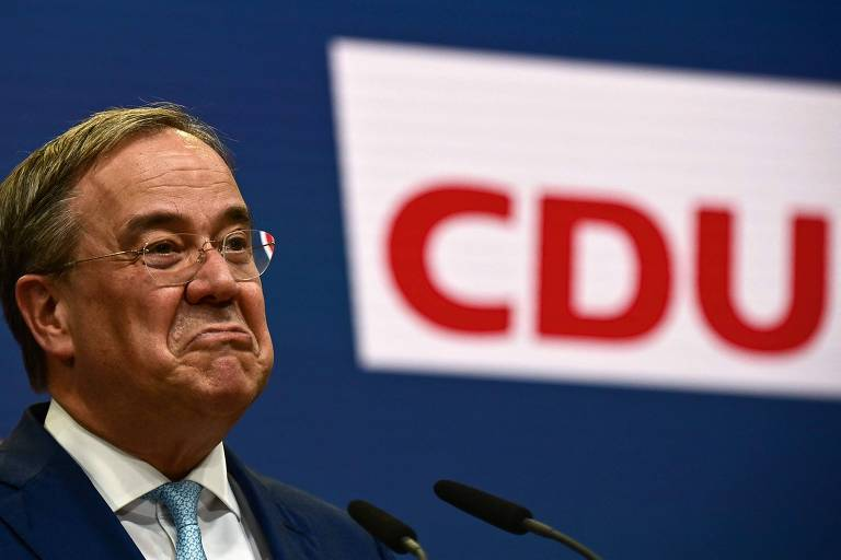 Após derrota, partido de Merkel troca liderança e abre caminho para sociais-democratas