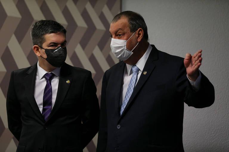 Randolfe e Omar Aziz querem criar grupo permanente para receber denúncias sobre 'combate à pandemia'