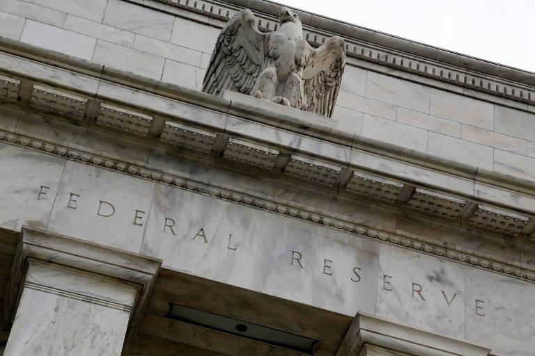 Fed indica plano para redução do programa de compra de títulos