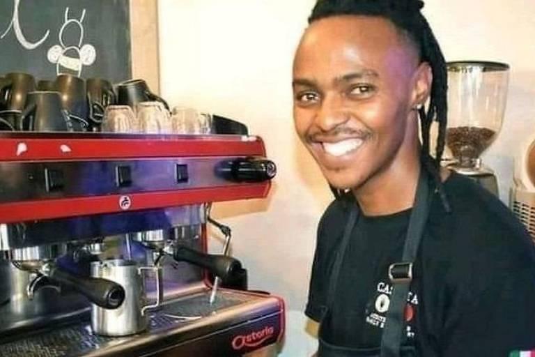 O barista sul-africano Athenkosi Dyonta, 30