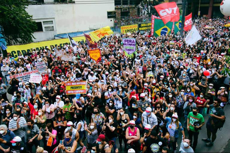 Servidores protestam contra reforma da Previdência municipal em São Paulo