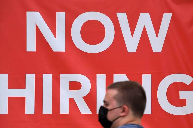 Trabalhadores americanos abandonam empregos em massa