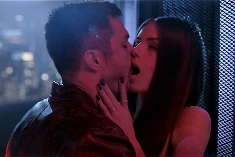'Verdades Secretas 2': Autor diz que Angel continua 'misteriosa e sensual'
